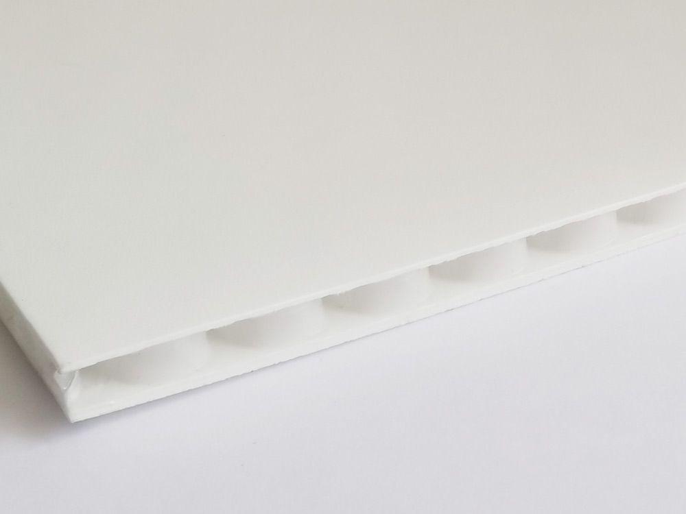 Płyty polipropylenowe PP o strukturze rdzenia plaster miodu grubość 5,4 mm, kolor biały